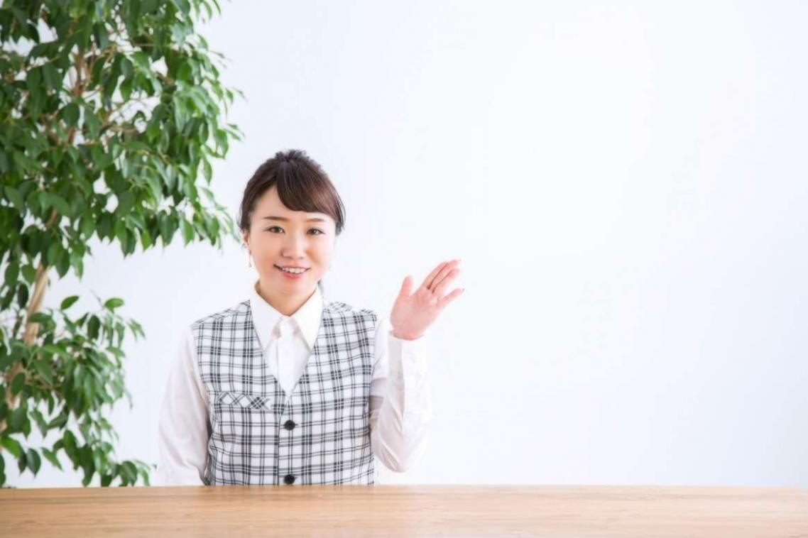 事務の女性4